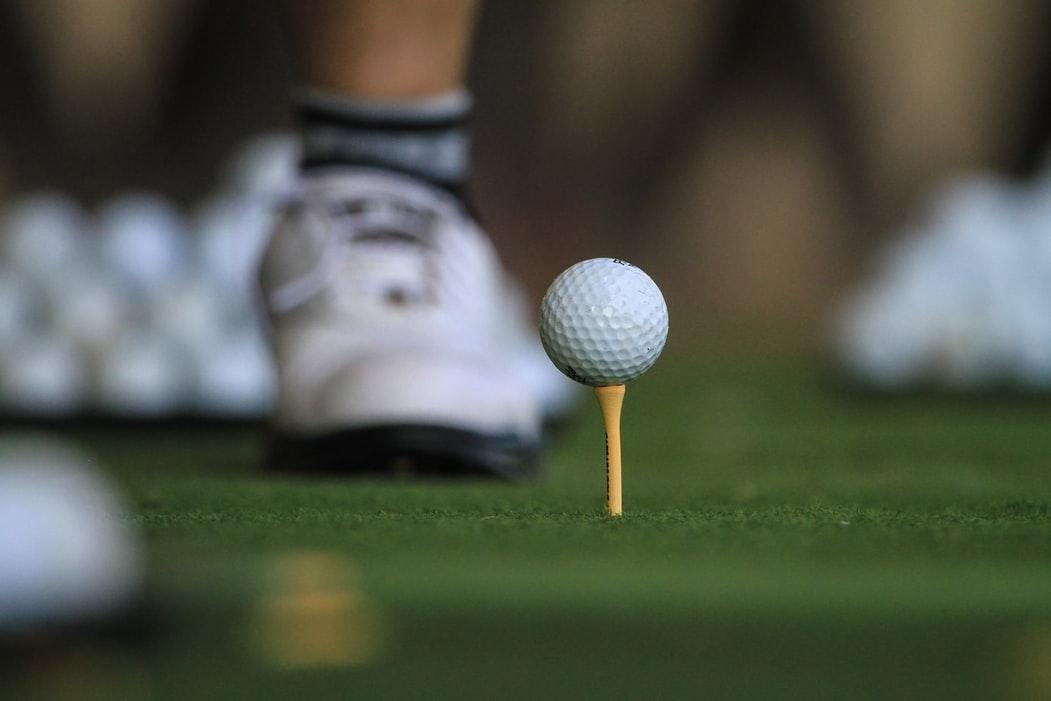 柔かいゴルフボール